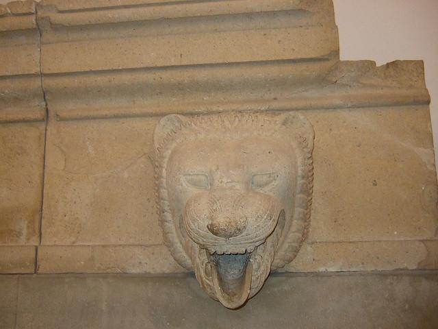 Detalle de un león del friso del Templo de la Victoria, Sicilia