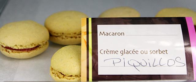 Macarons en el mercado Victor Hugo de Toulouse