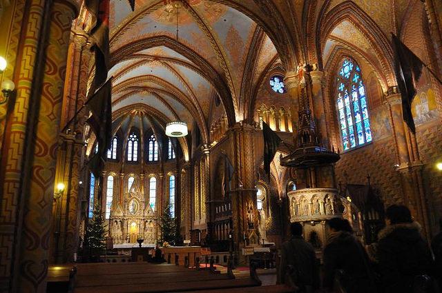 Interior de la Iglesia de San Matías, Budapest