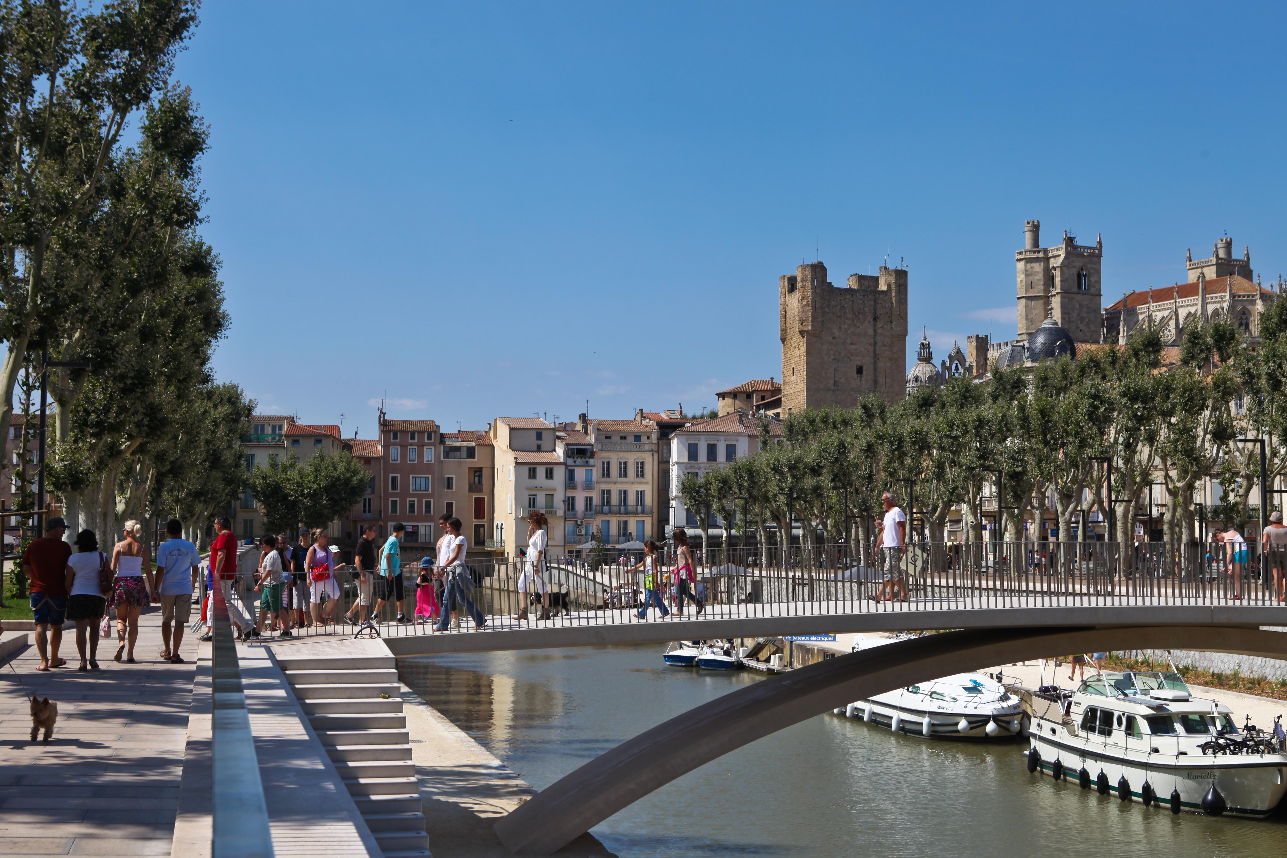 Un paseo por narbonne 3viajes for Piscine des 3 villes hem