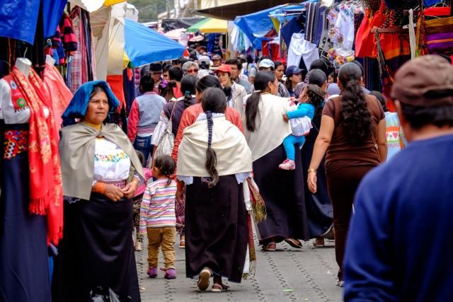 Quito Ecuador - mercado otavalo