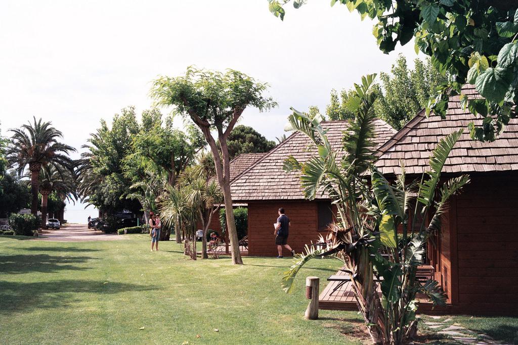 camping-resort-playa-montroig-10