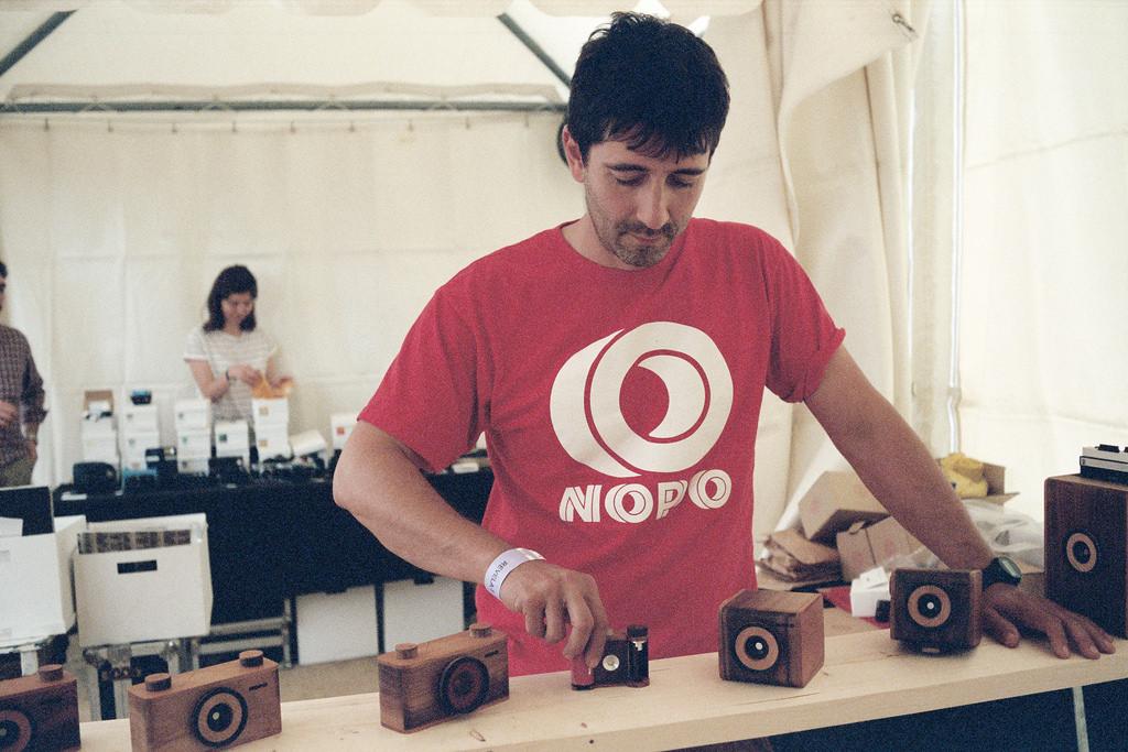 Entrevista a Toño Cañadas, el artesano detrás de NOPO cameras