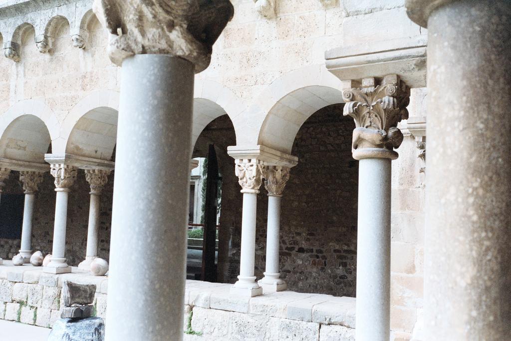 monasterio-sant-cugat-01